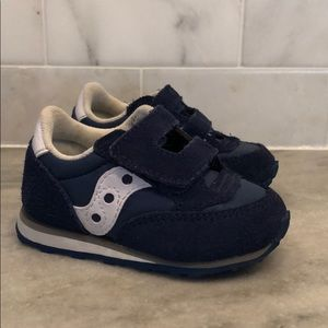 Saucony blue jazz shoe